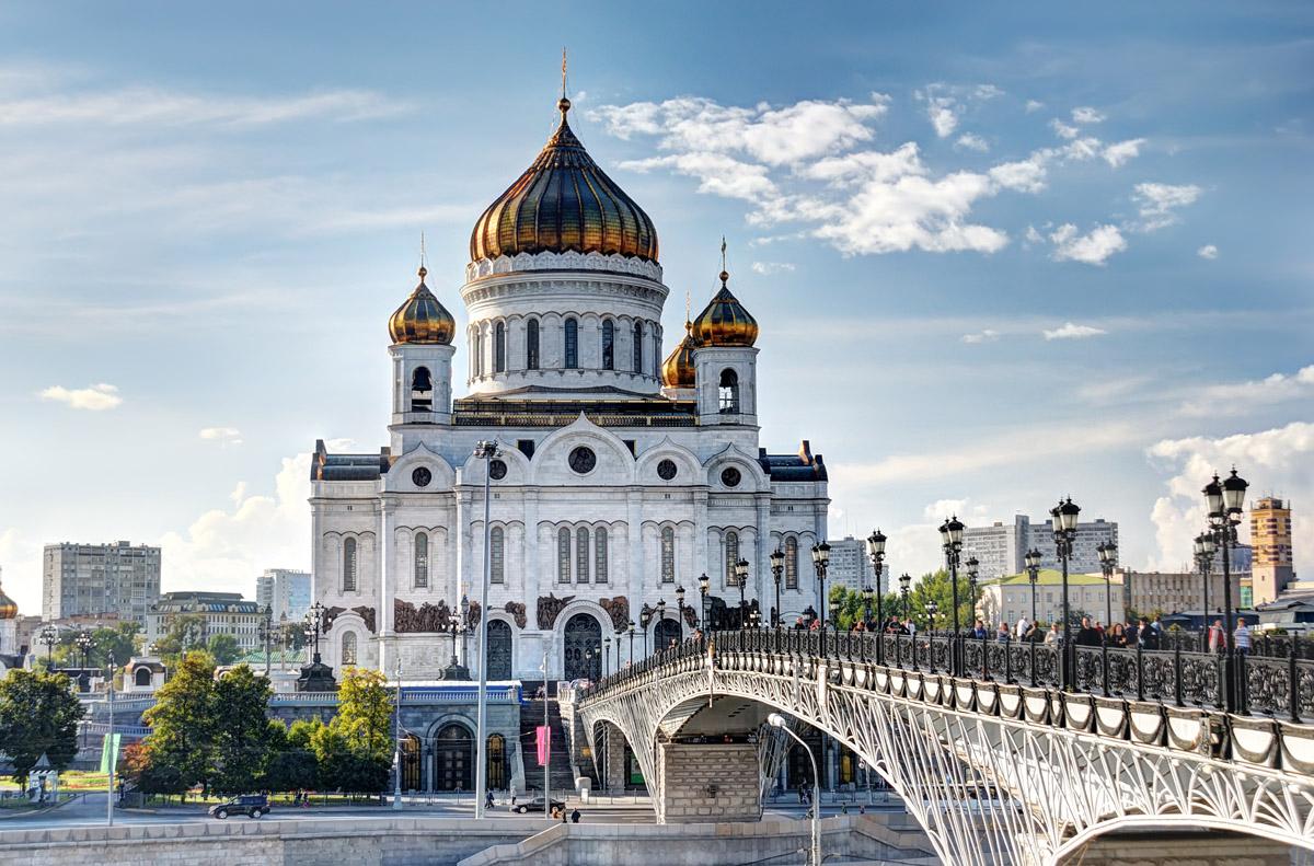 снимок этого достопримечательности в центре москвы фото с названиями и описанием кагбэ поясняющий